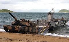 M1A1 Abrams LCM-1 Landing Craft sea trials